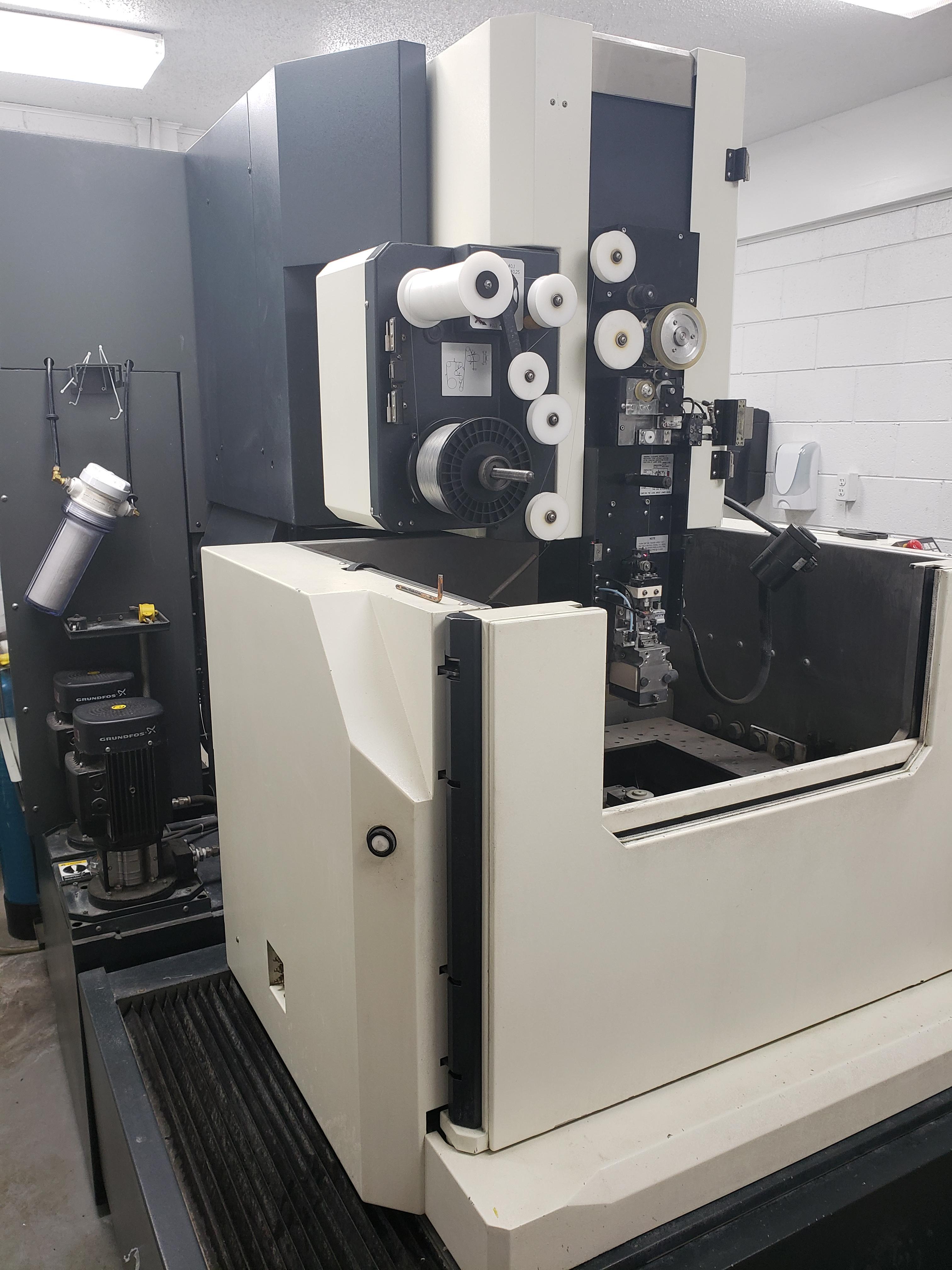 MAKINO DUO43 - EDM, Wire | Machine Hub