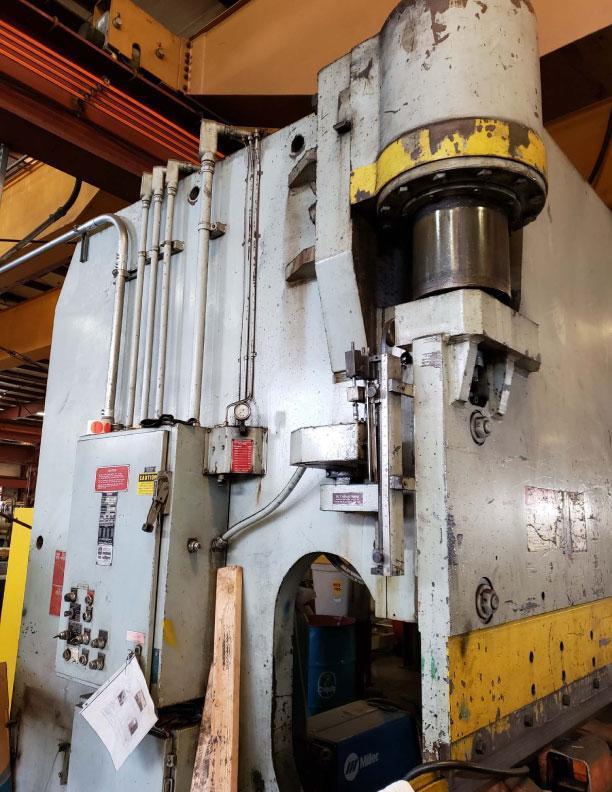 36' x 1000 Ton Pacific Press Brake