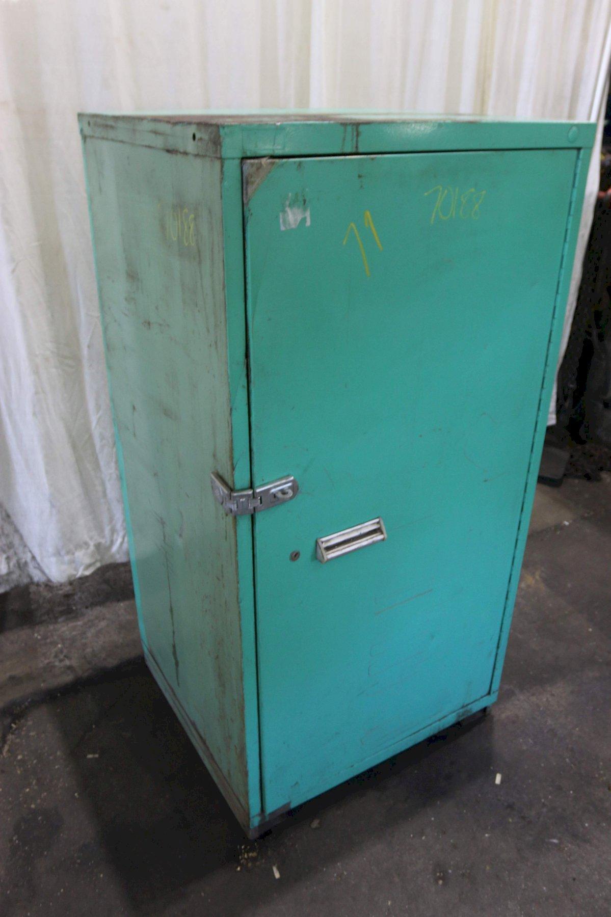 VIDMAR SINGLE DOOR ADJUSTABLE SHELF TYPE CABINET: STOCK #70188