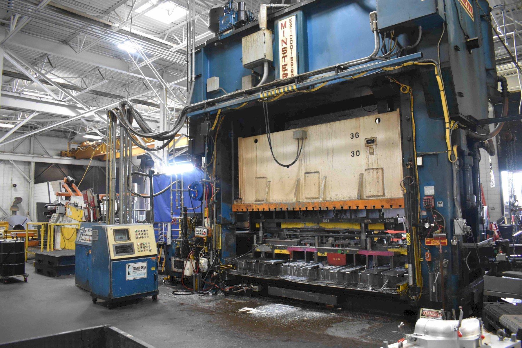 "1000 Ton Minster SSDC Press, Model E2-1000-156-60, 16"" STR, 36"" SH, 156"" x 60"" BA, 42"" WDO, 15-50 SPM, 1990, Feed Line"