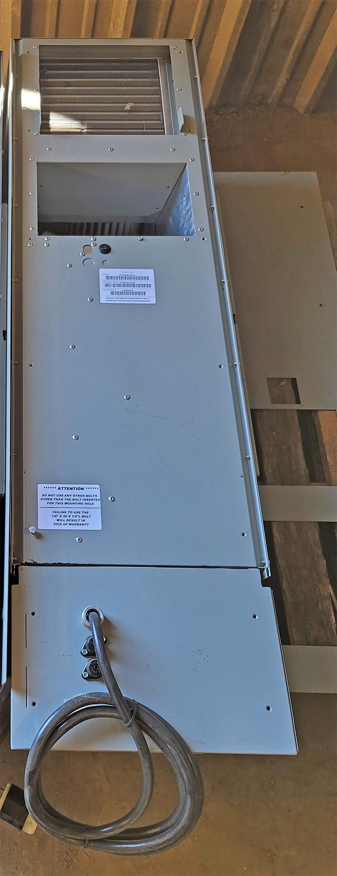 USED, ISC MODEL HC12048612XXX UPRIGHT AIR CONDITIONING UNIT