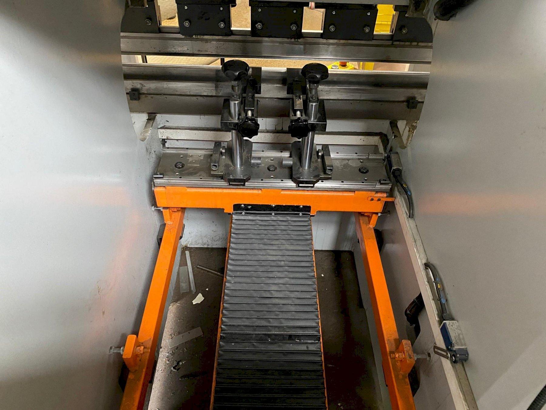 """USED ERMAK 40"""" X 44 TON 3-AXIS CNC HYDRAULIC PRESS BRAKE MODEL MICRO-BEND 3.3X44, Stock# 10851, Year: 2017"""