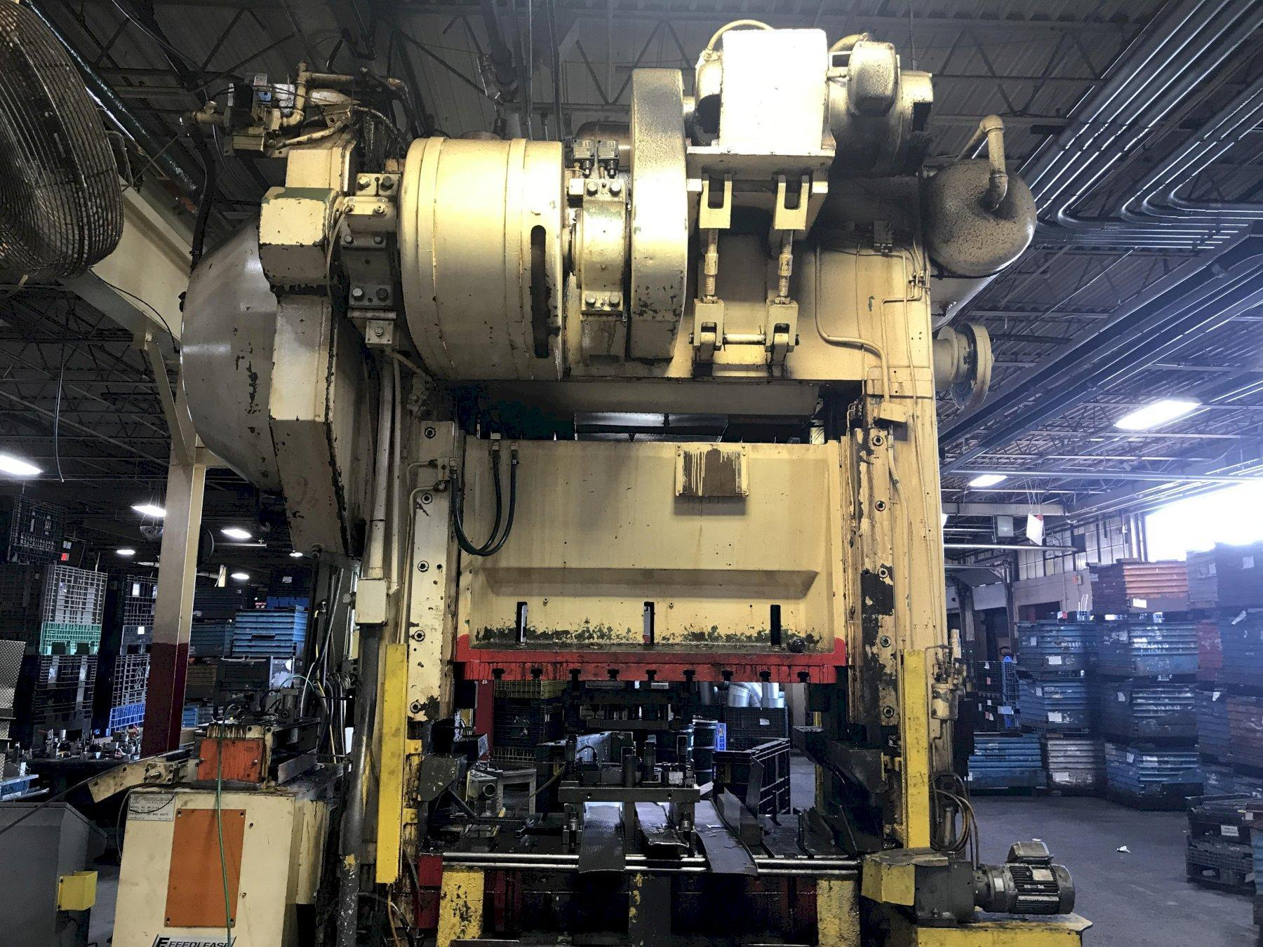 250 TON BLISS STRAIGHT SIDE DOUBLE CRANK PRESS