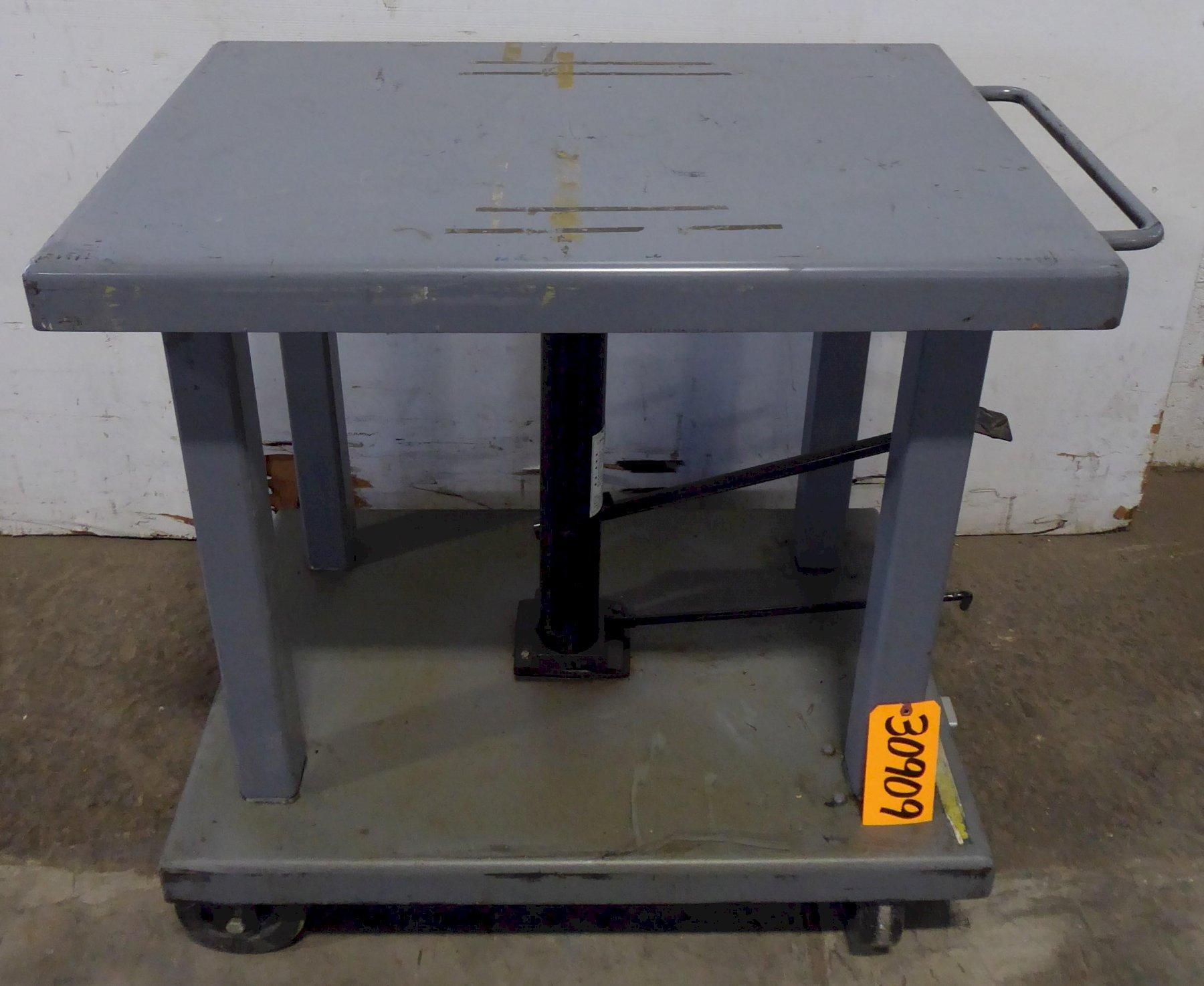 Wesco Lift Table LT-60-2436, 6000 Lb. Capacity, 24″ x 36″ Table, Excellent