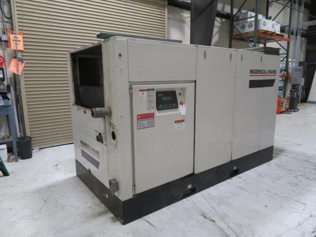 Ingersoll Rand Used SSR-EPE200-2S Air Compressor, 200hp