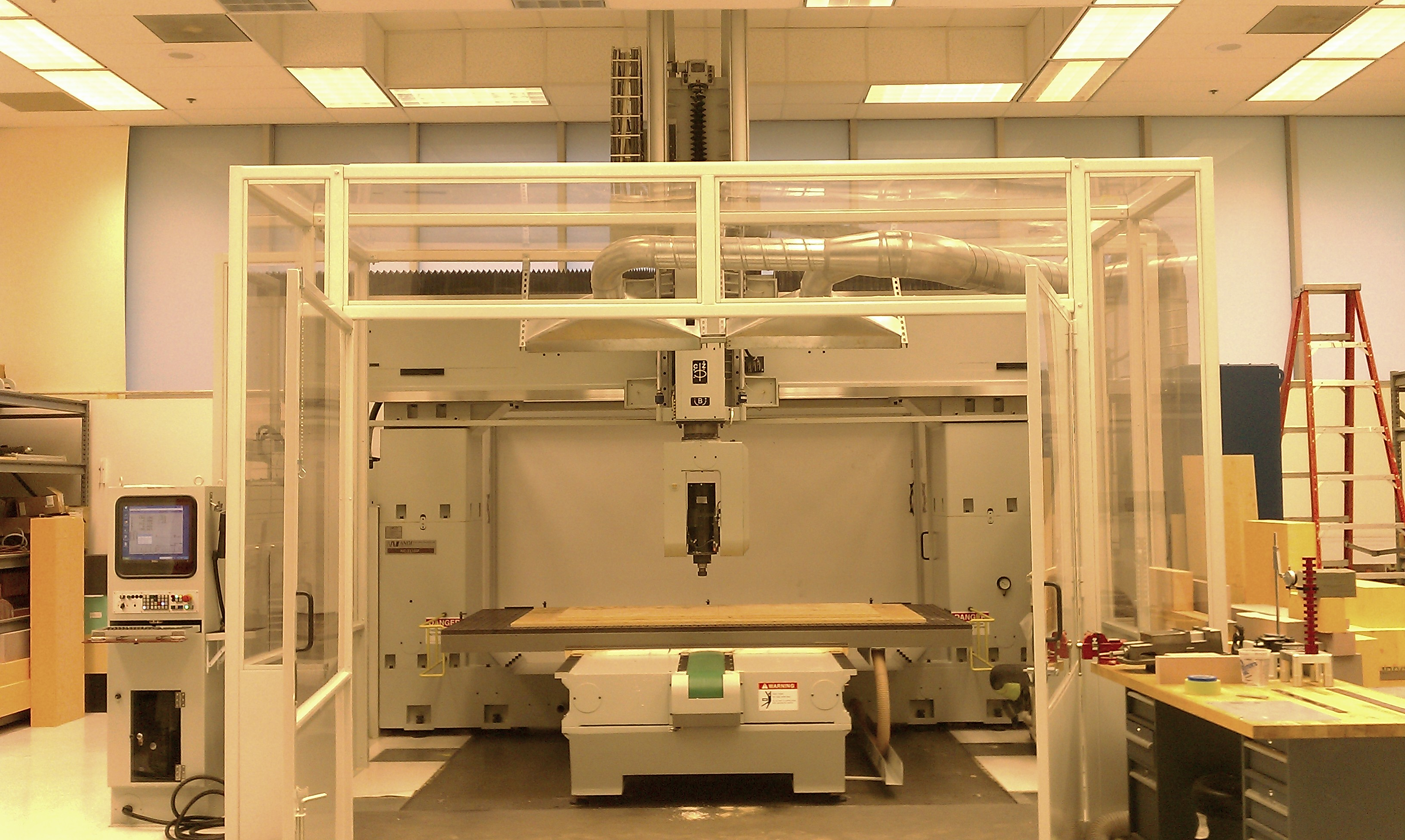 "Anderson Maxxis 3116 NC 5-Axis CNC Router 2011 Fanuc 31iB5 CNC Control 63"" x 122"" Table 9-HP Vacuum System"