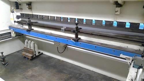 2005 Ermak, AP14x175, 12' x 176 Ton, Hydraulic Press Brake
