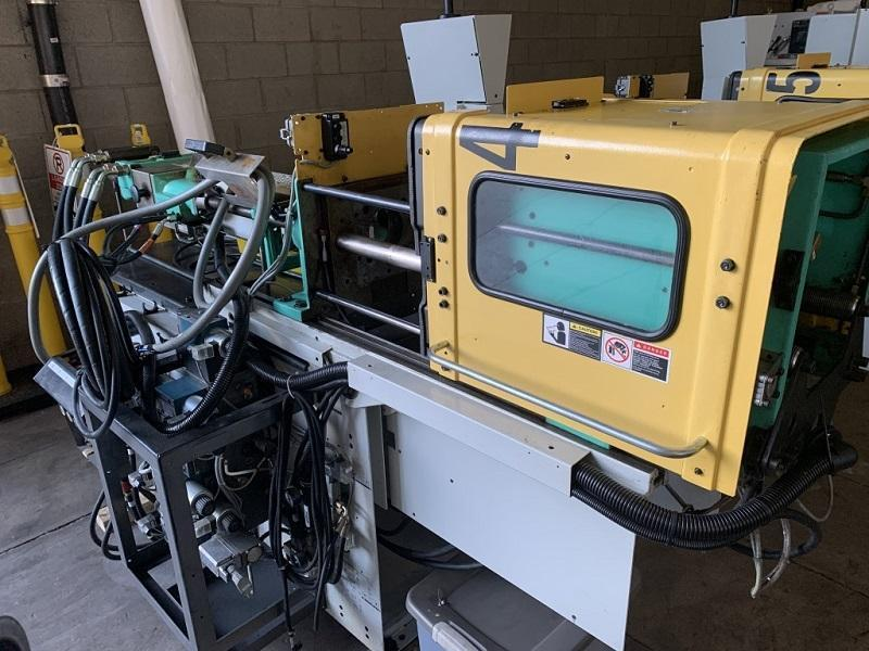 Arburg Used 221-KS-250-75U Injection Molding Machine, 28 US ton, Yr. 2001, 0.92 oz.