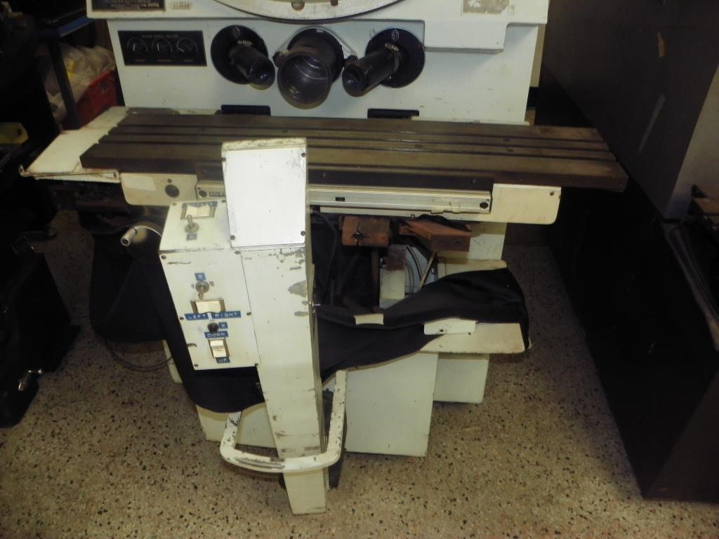"30"" ST Industries Model P-2500 Optical Comparator, S/N 431, New 1970s."