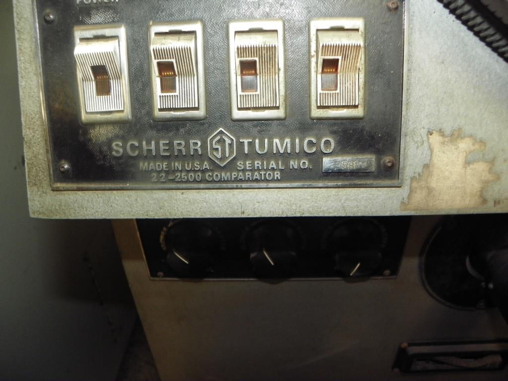 """30"""" Comparator Scherr-Tumico Model P2500, S/N 581, Equipped with QC2000 DRO."""