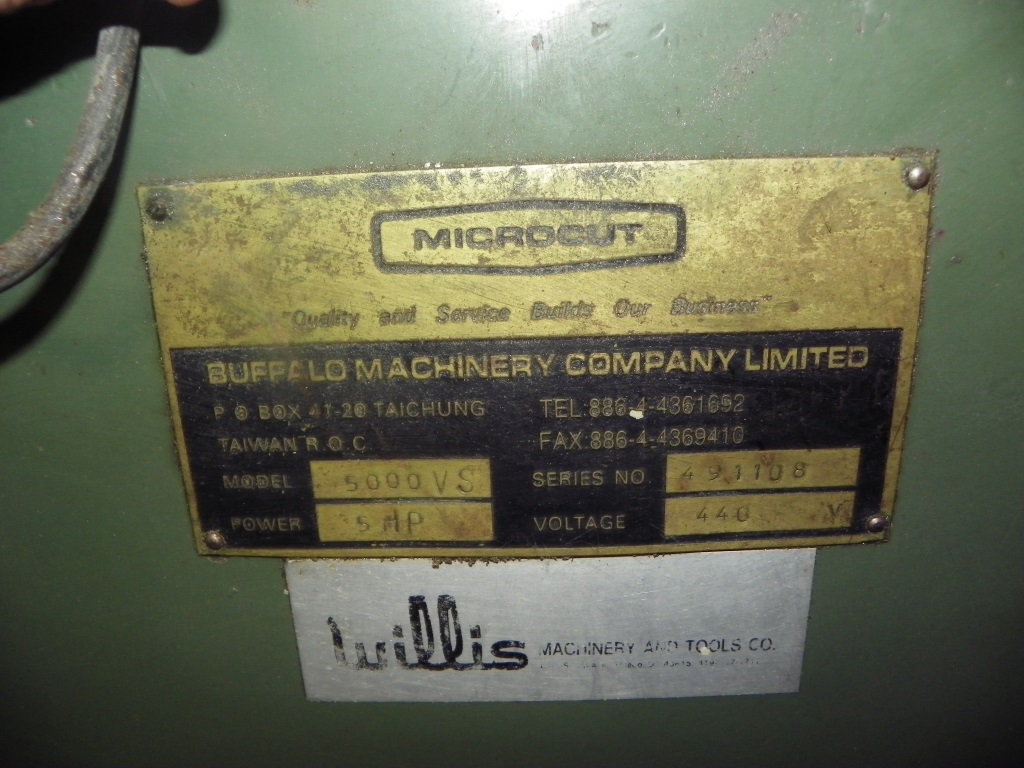 Milltronics / Willis Microcut Model 5000VS Heavy Duty 3-Axis CNC Vertical Mill, New 1996.  offered as is for parts rebuild.