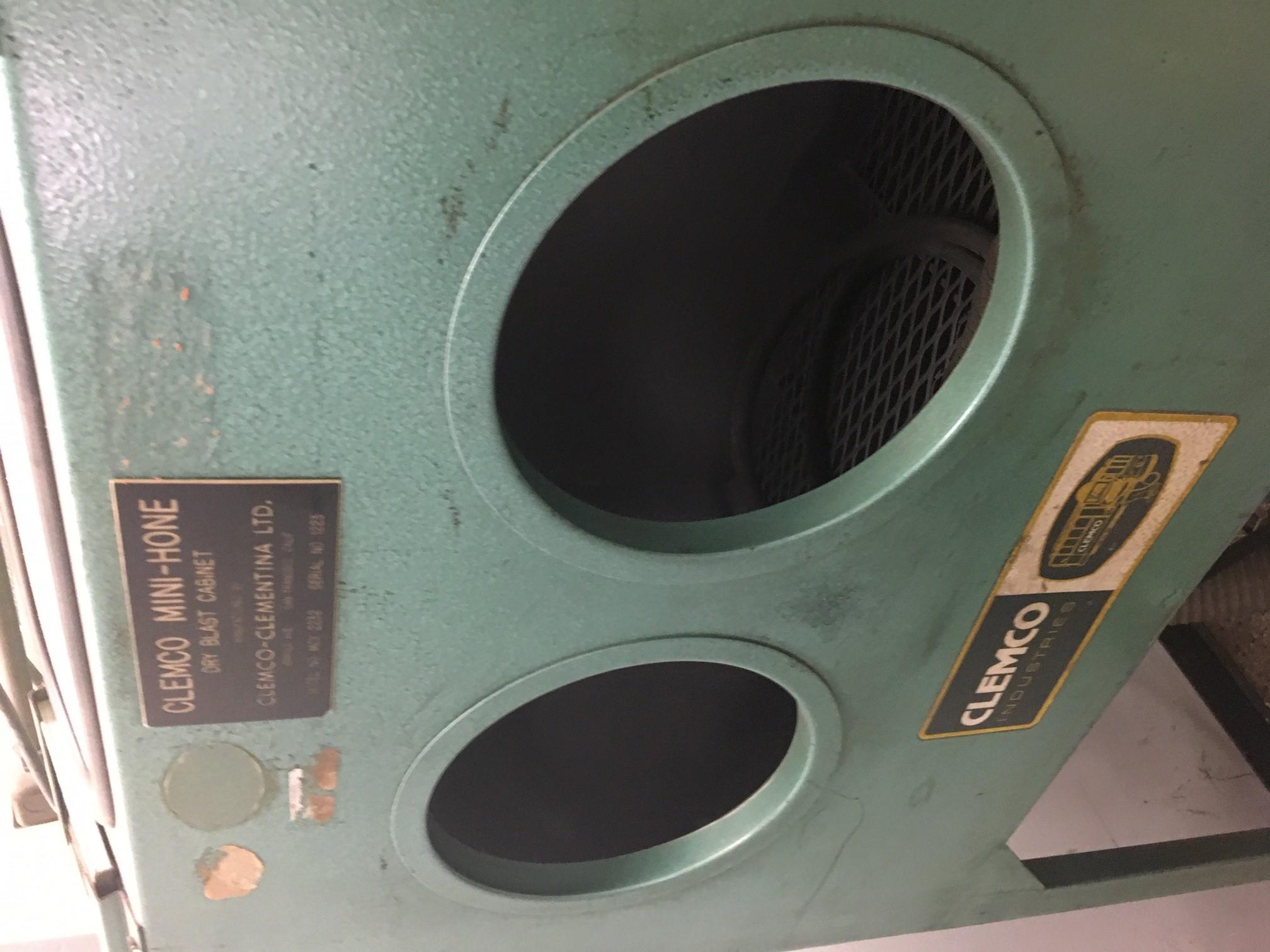 CLEMCO Model 2232 Mini-Hone Dry Blast Cabinet, S/N 1223.