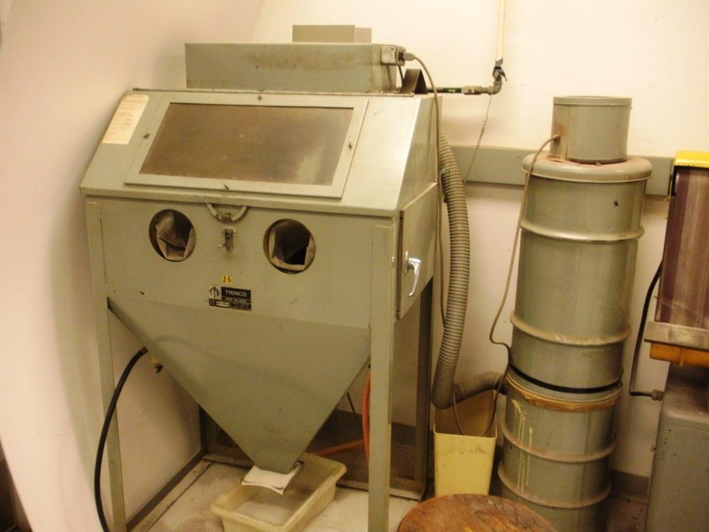 Trinco Model 36 Sand Blast Cabinet