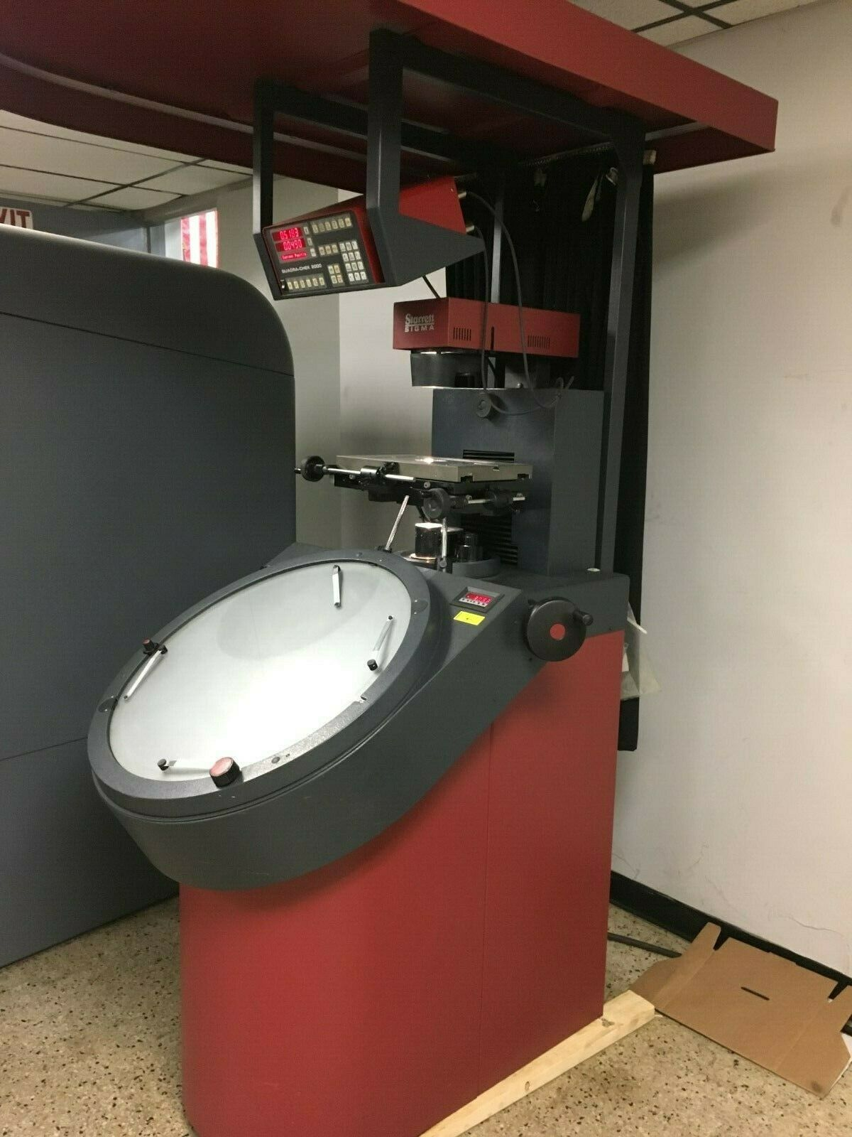 "24"" STARRETT Model VF600 Vertical Beam Optical Comparator, S/N 5382, New 1995."
