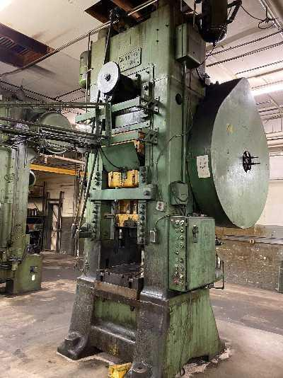 800 TON MINSTER KNUCKLE JOINT PRESS: STOCK #14255