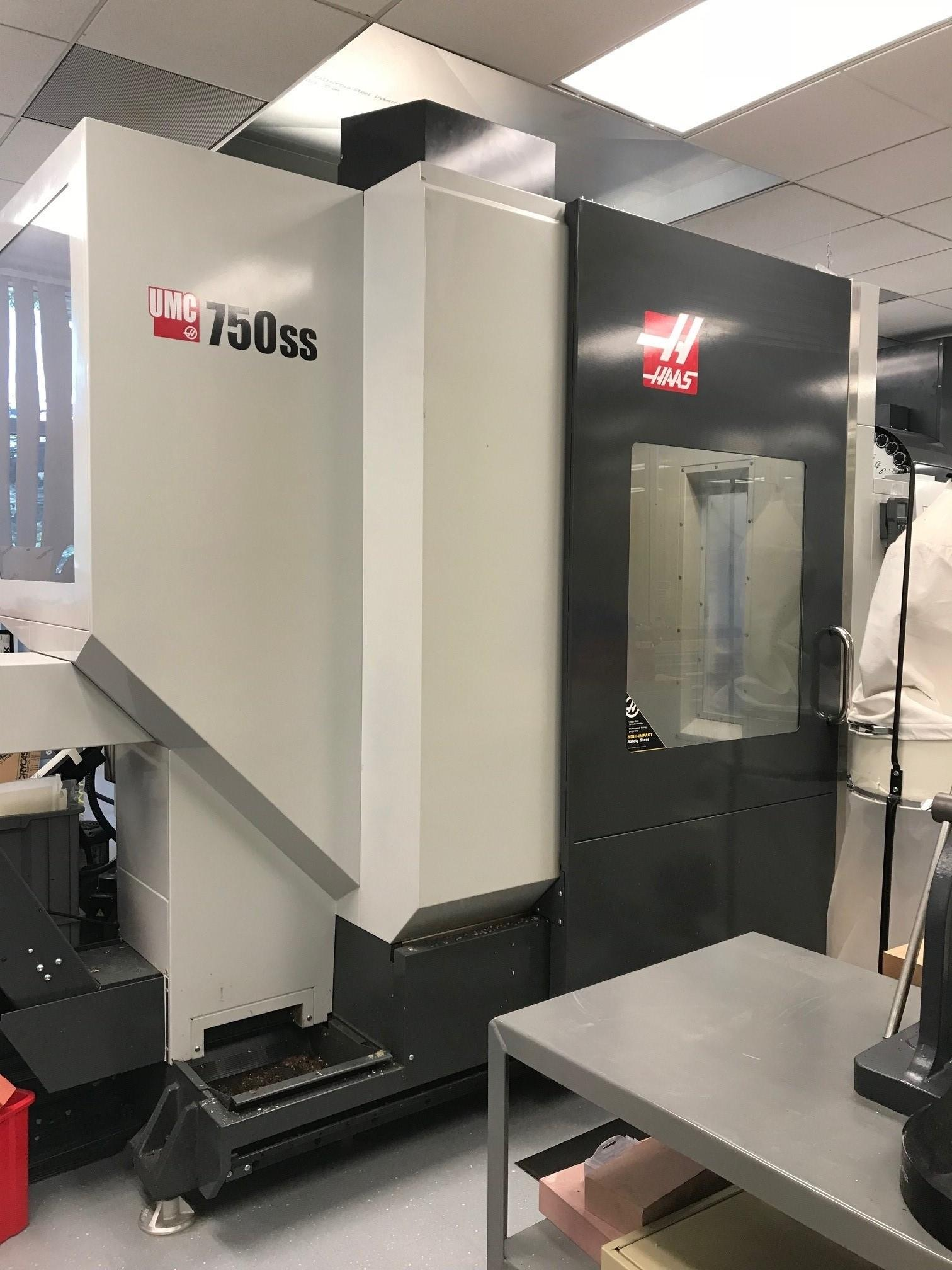 2015 HAAS UMC-750SS 5 Axis Vertical Machining Center