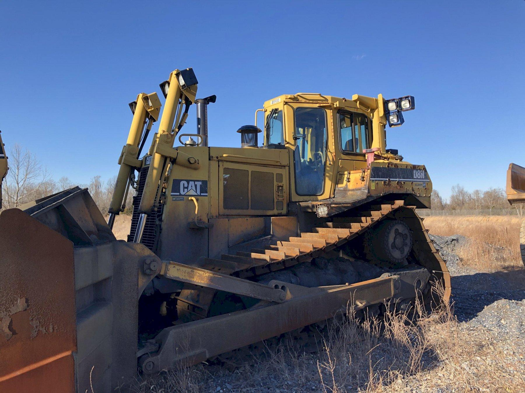 Caterpillar model d8n track mounted bulldozer s/n 5tj75010 with blade, 3408 engine s/n ?, 21740 hours, rebuilt 2007 new s/n stj00620