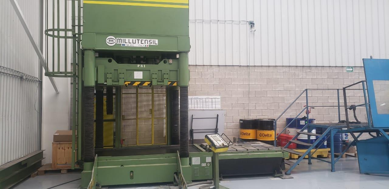 """Millutensil MIL163 150 Ton Hydraulic Spotting Press, 39.37"""" Stroke, 54"""" x 68"""" Bed Size, 15.75""""-55.5"""" Daylight, Siemens PLC Control, Swing-Down Platen, Rolling Bolster, 35K#/17,600# Capacity (Lwr/Upper), 1998"""