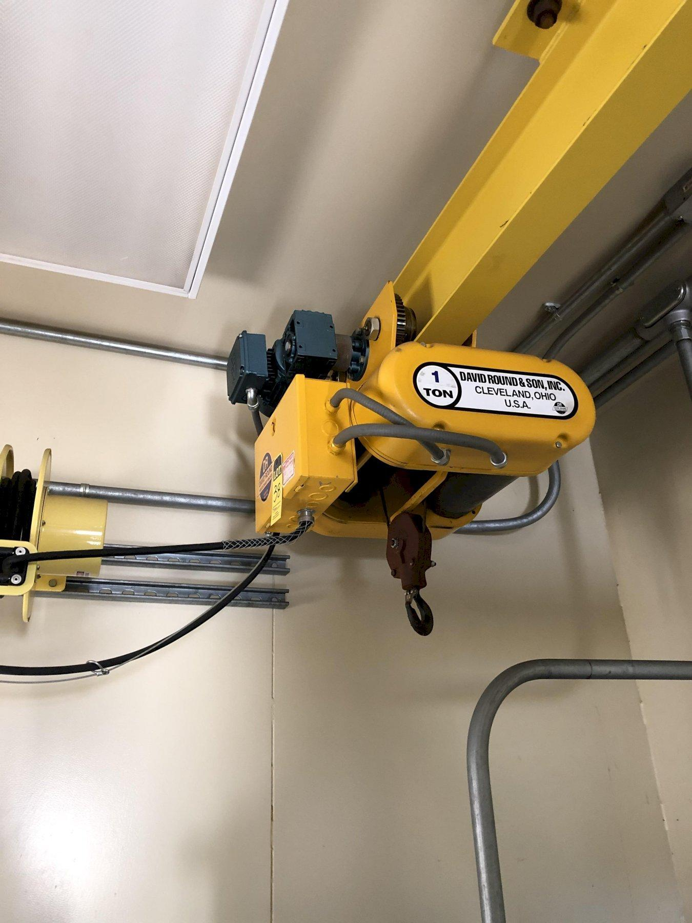 David Round 1 ton electric hoist with pendent controls, cord reel and u shaped monorail system
