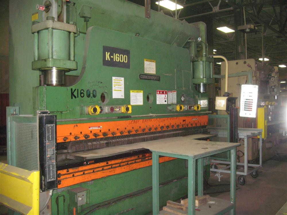 230 TON X 12' CINCINNATI HYDRAULIC PRESS BRAKE: STOCK #10948
