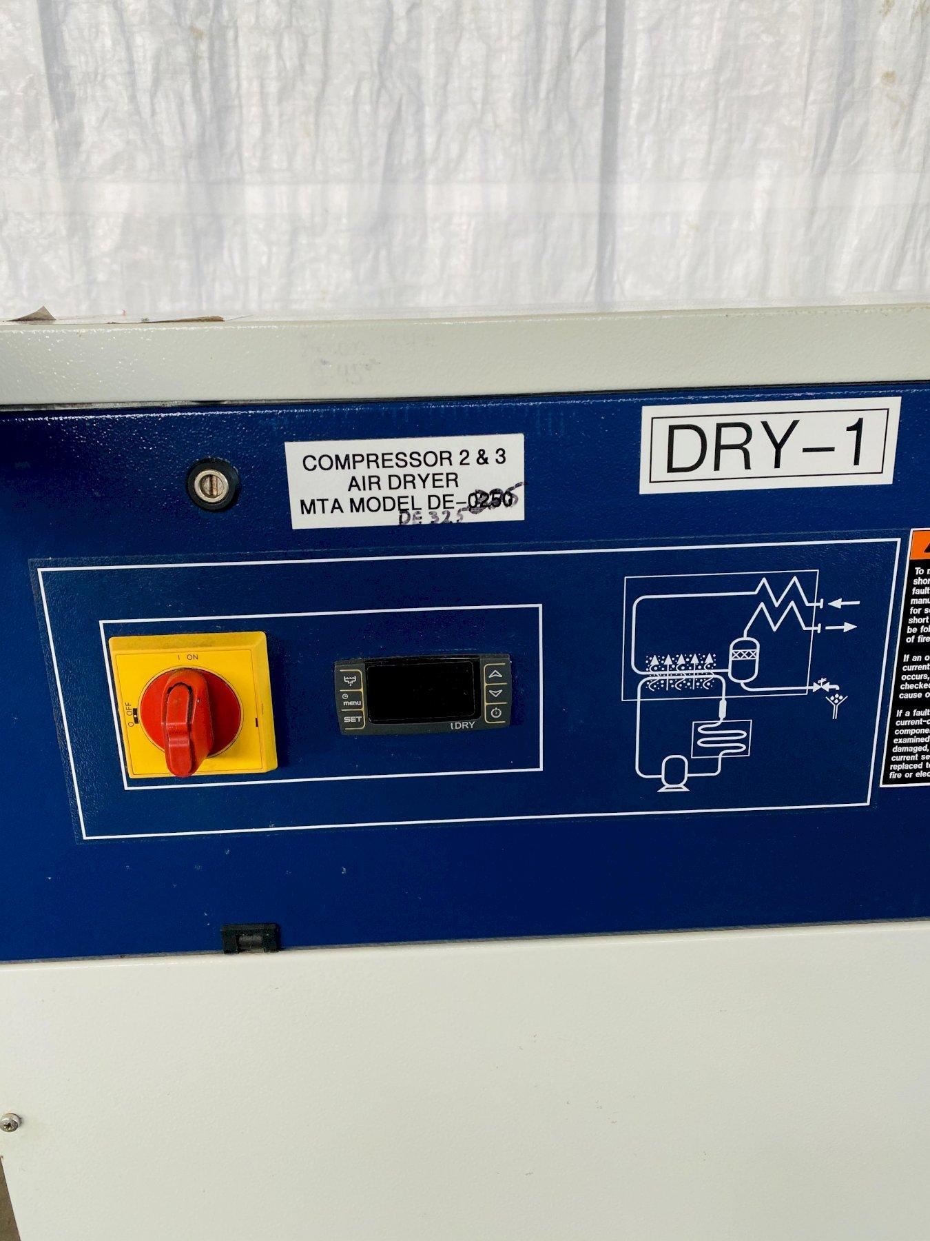 MTA DE-325 HYBRID 325 SCFM AIR DRYER. STOCK # 0622020