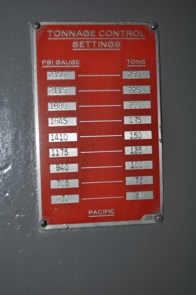 250 Ton Hydraulic Press