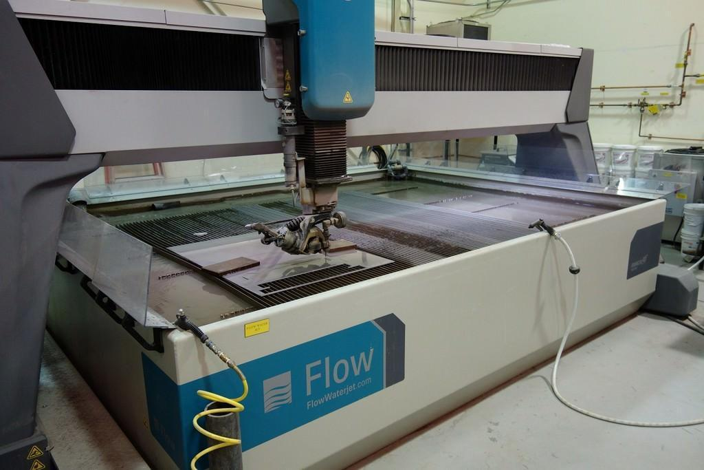 6 ft x 10 ft Flow CNC Water Jet Cutting System Model Mach 4 3020C