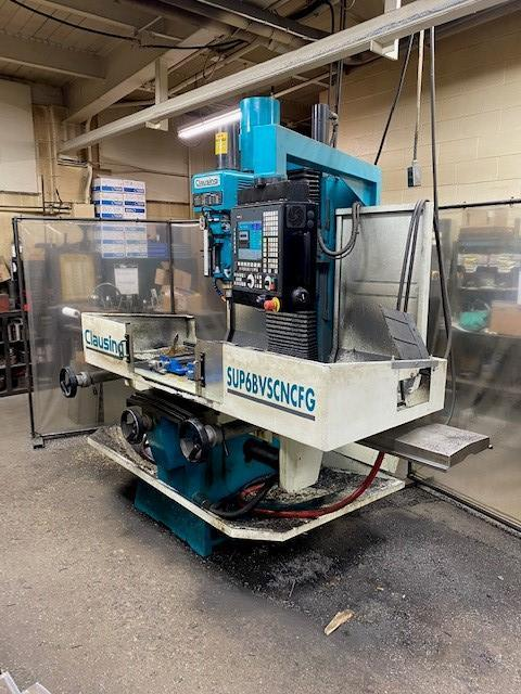 (2014) 5 HP CLAUSING SUP6BVSCNC 3 AXIS SUPER BED MILL. STOCK # 1058720