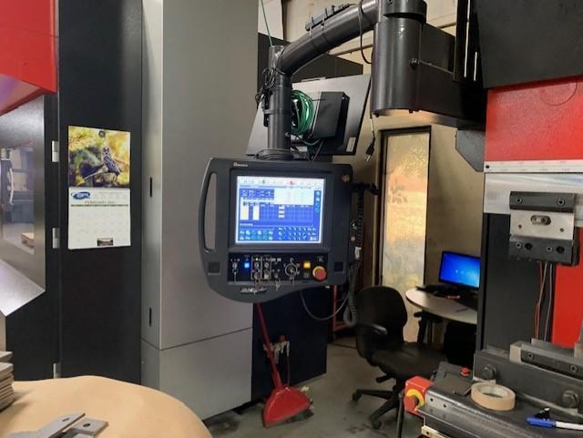 2011 Amada Astro II, HDS1030, 10' x 110 Ton CNC Press Brake with Robotic Bending Cell