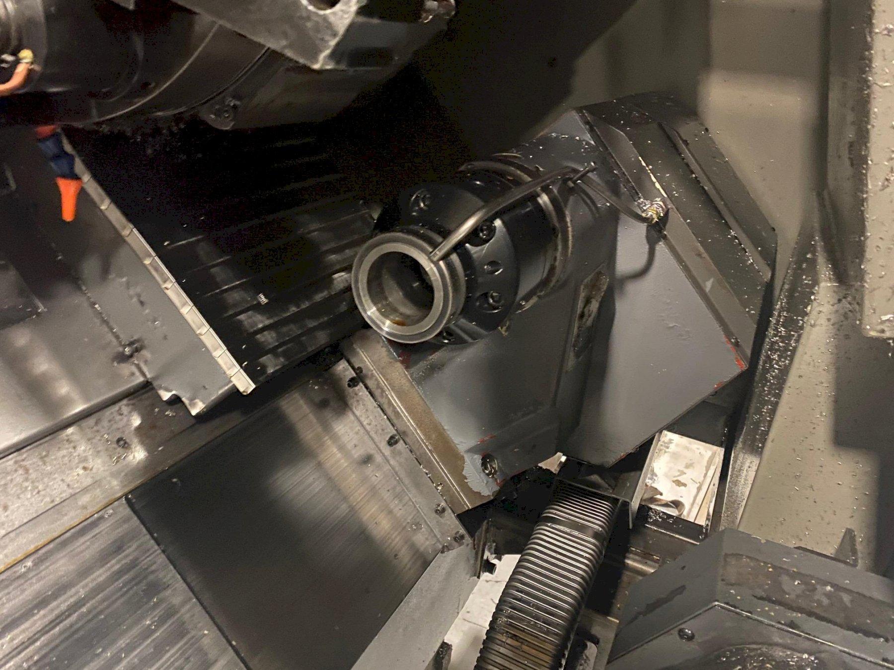 Hyundai Kia SKT-21LMS CNC Horizontal Lathe