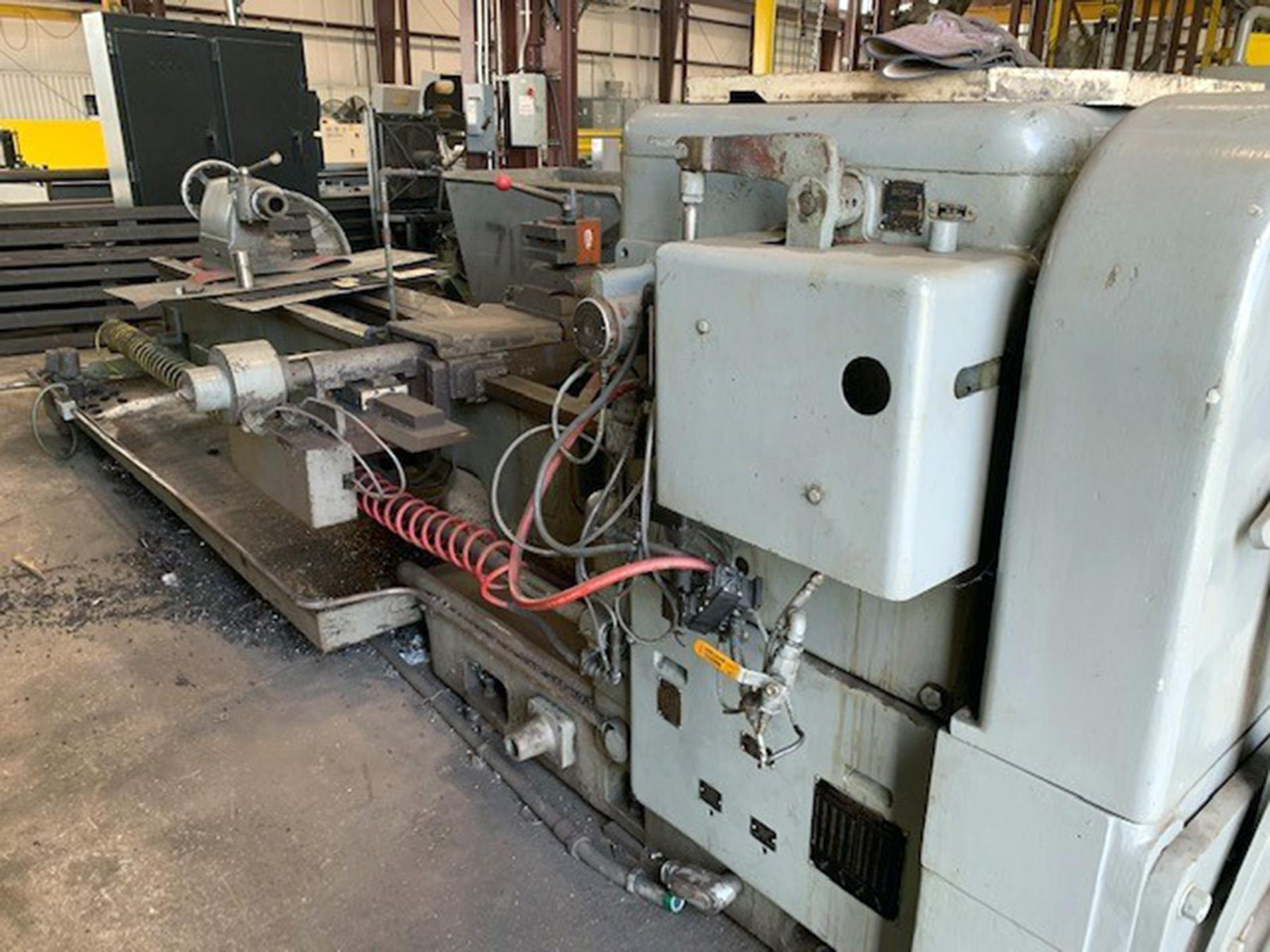 "USED, 26"" X 118"" DEAN, SMITH & GRACE MODEL 25P HOLLOW SPINDLE LATHE WITH 10.5"" SPINDLE BORE"