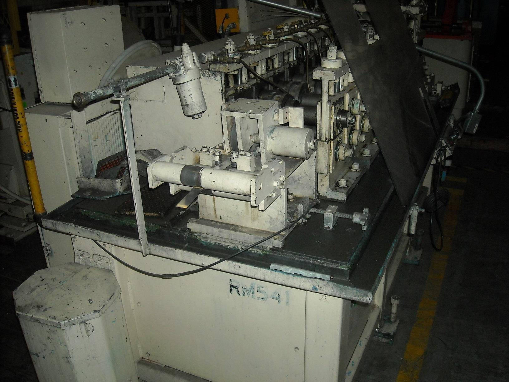 8 STAND CONTOUR ROLL COMPANY ROLL FORMER