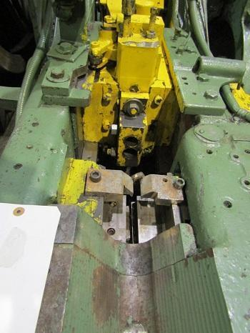 WATERBURY-FARREL #1 OPEN DIE DOUBLE BLOW, HAND FEED ROD HEADER   Our stock number: 114347