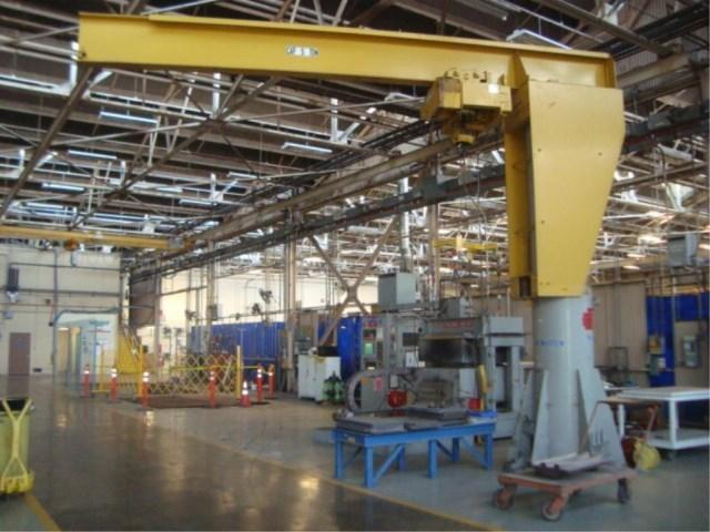5 TON X 15' X 13' FREE STANDING JIB CRANE WITH CABLE HOIST: STOCK#12708