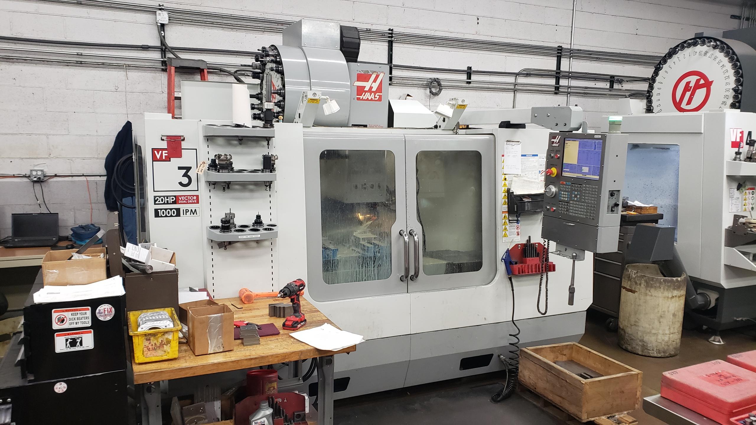 Haas VF-3D CNC VERTICAL MACHINING CENTER