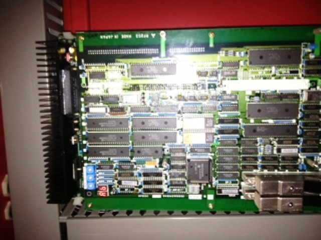 "DYNA-MYTE MODEL DM4800 VERTICAL MACHINING CENTER, 47.5"" X 25"" TABLE, 32""X 20""Y 20""Z"
