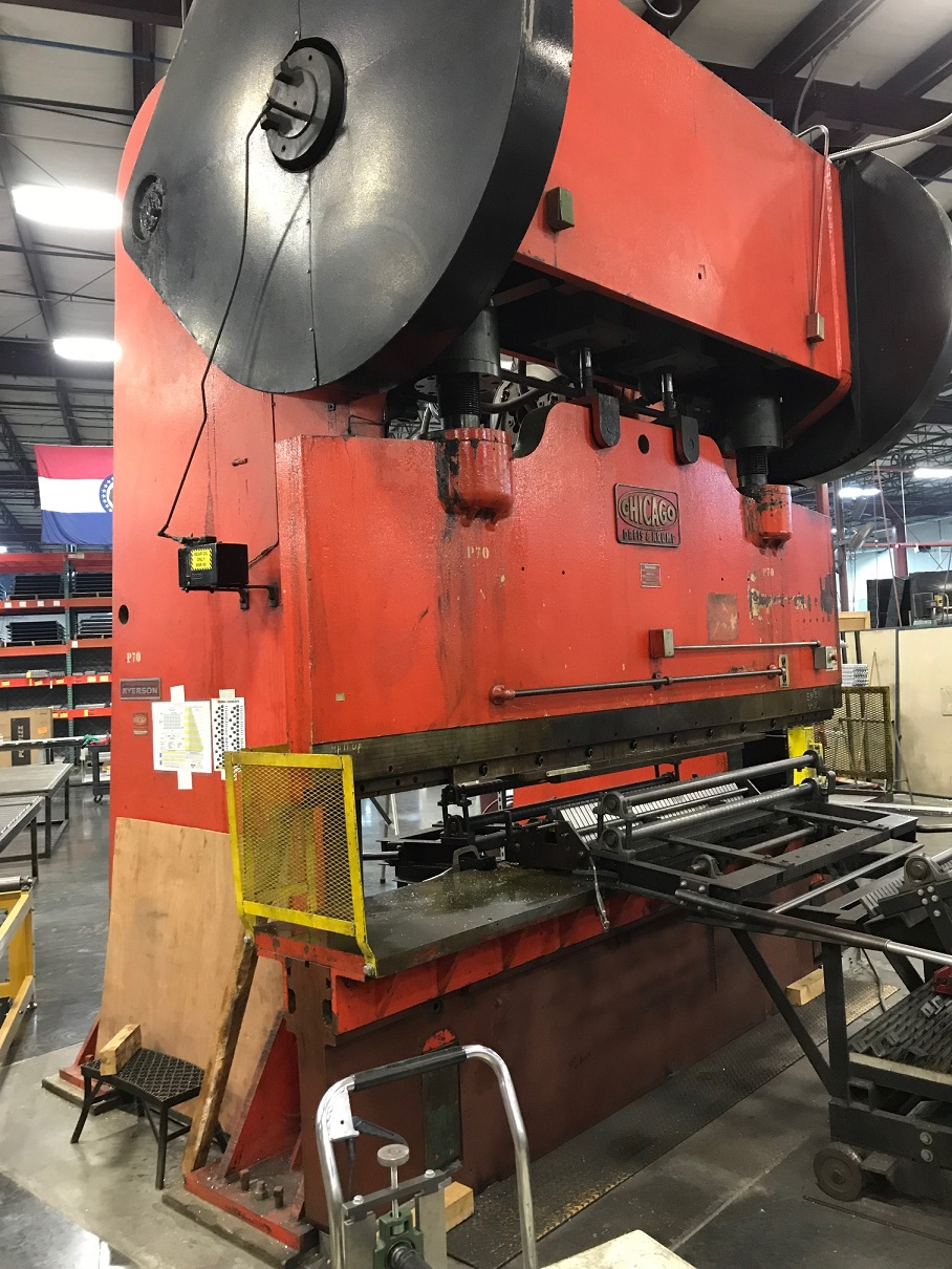 750 TON CHICAGO DREIS & KRUMP MODEL 808-D MECHANICAL PRESS BRAKE