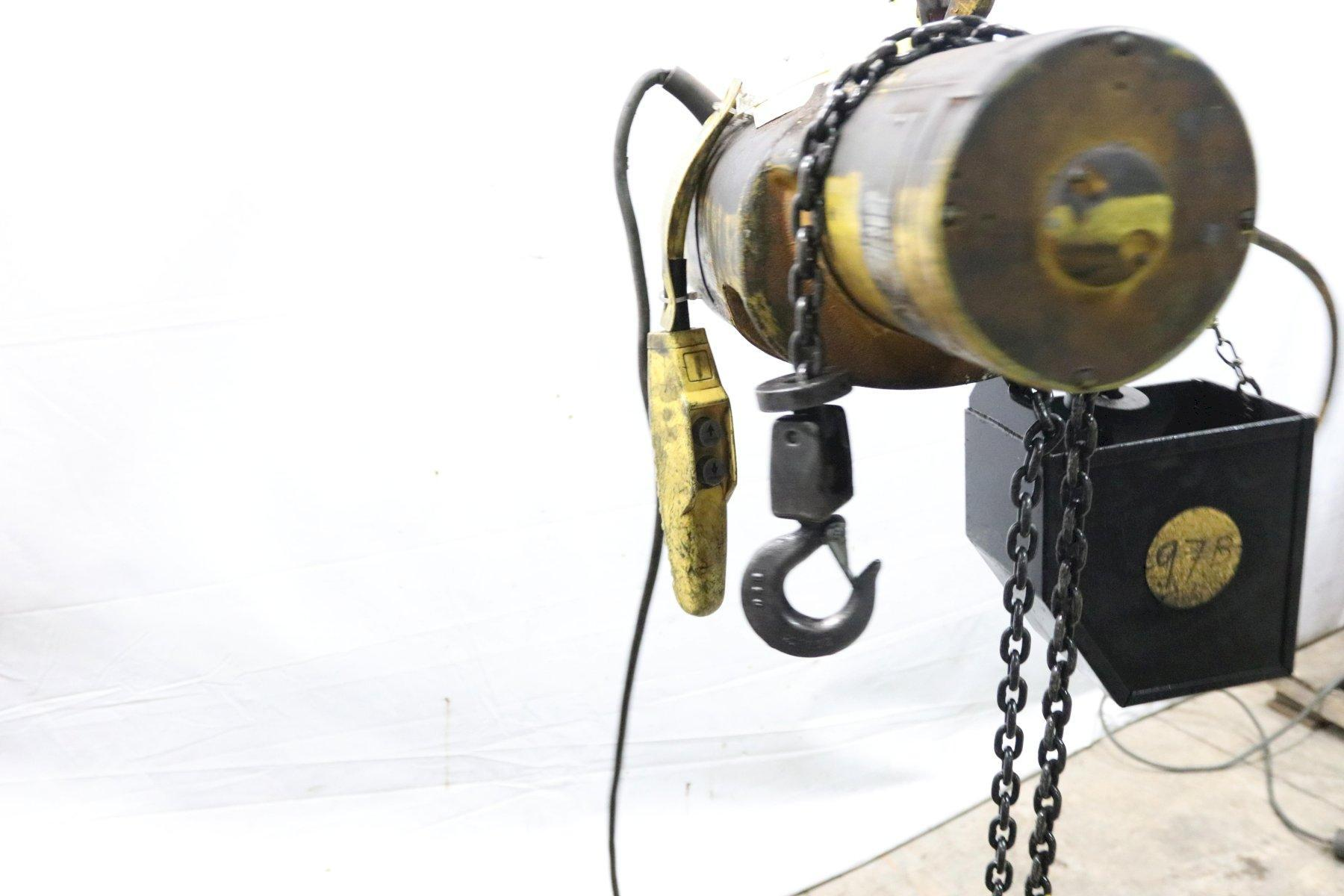 500 LB BUDGIT ELECTRIC POWERED CHAIN HOIST: STOCK #11972
