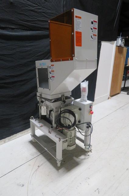Matsui Used MGL2-200U  Granulator, 15 x 13in, 2hp, 230V, Yr. 2020
