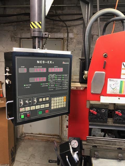 1997 Amada RG35, 4' x 38 Ton CNC Hydraulic Press Brake