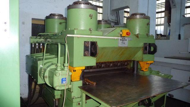 "31.5"" (800mm) x 12mm Georg Fischer Heavy 4 HI Leveler"