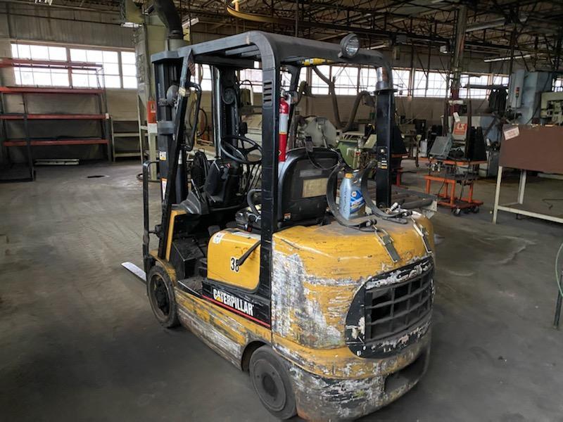 5,000 lb Caterpillar Forklift