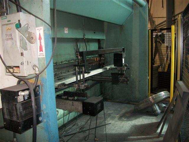 All Steel CNC Hydraulic Press Brake, 3 AXIS, 12′ X 230 Ton Capacity