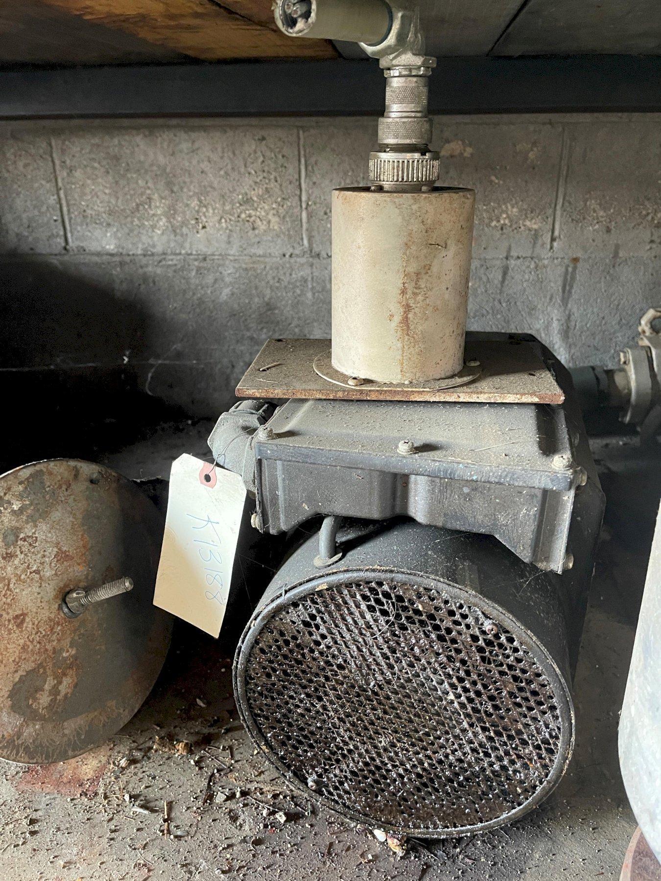 Fanuc AC Spindle Motor 15 HP A06B-1012-8102 # 3000