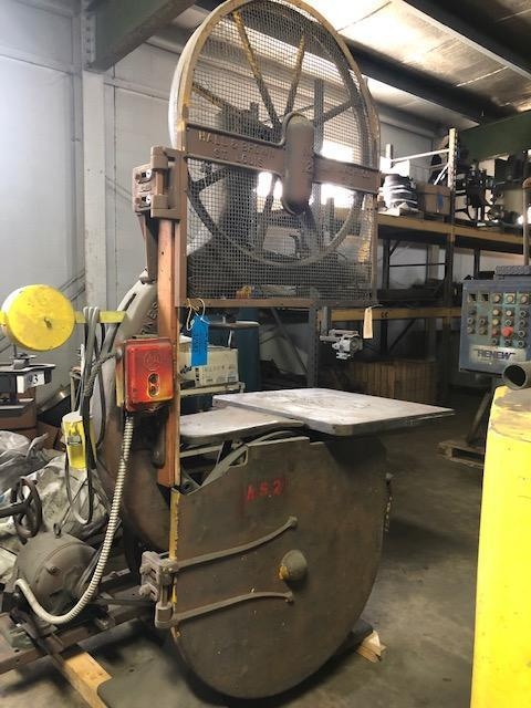 """YATES 36"""" VERTICAL BAND SAW S/N B-25037 WITH MOTOR"""