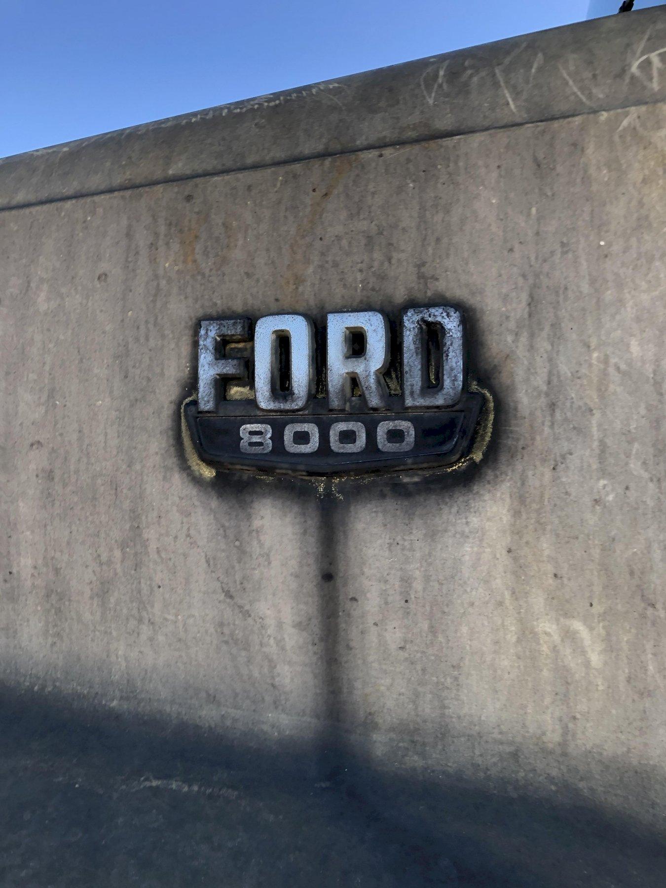 Ford 8000 diesel powered dump truck vin# 1fdyu8002fva58059 with 15' dump body, 77207 miles