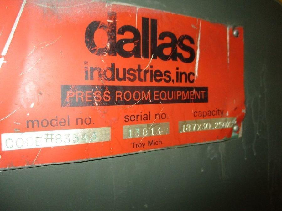 """20,000 lbs x 30"""" Dallas Coil Cradle Straightener"""