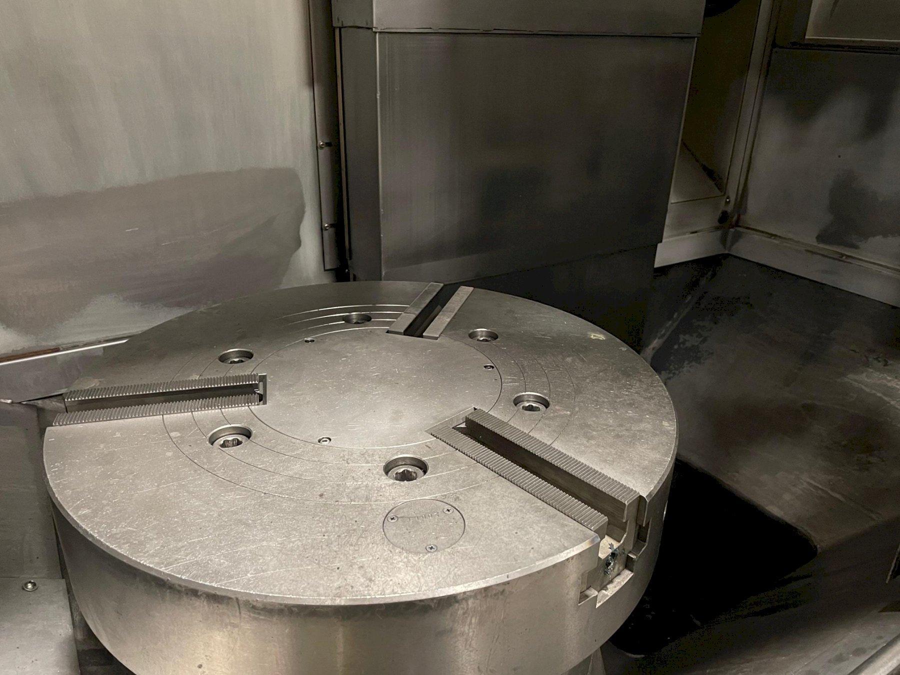 Doosan Puma V550 CNC Vertical Turret Lathe