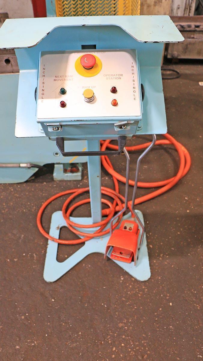 135 Ton x 12 ft. Cincinnati Hydraulic CNC Press Brake Model 135CBIIX10