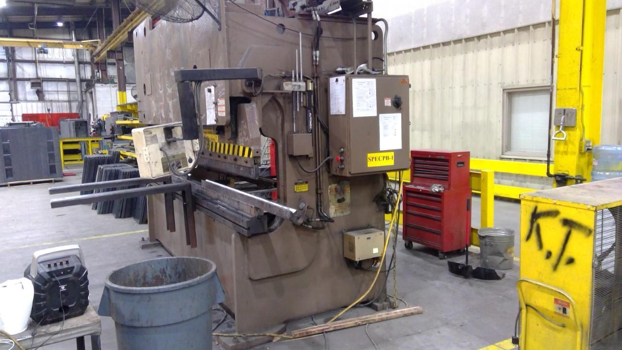 2006 Standard Insustrial, AP200-12, 12' x 200 Ton CNC Hydraulic Press Brake